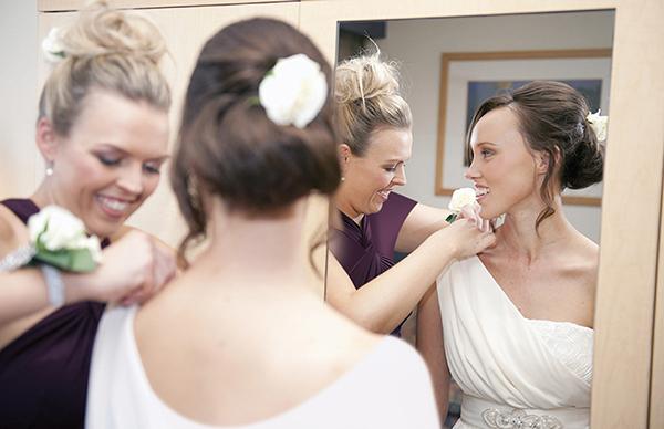 Photo of ١٢فكرة لتكوني سبباً رئيسيًّا في سعادة العروس