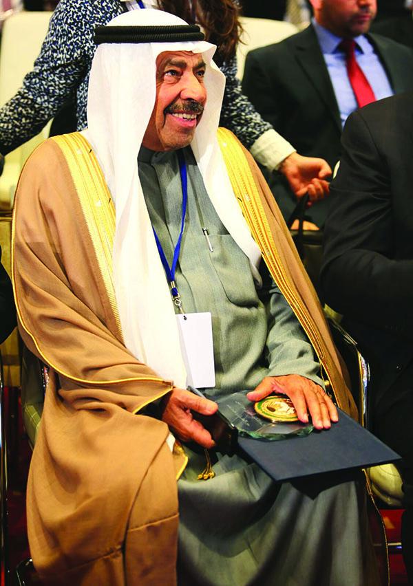 عبد العزيز البابطين
