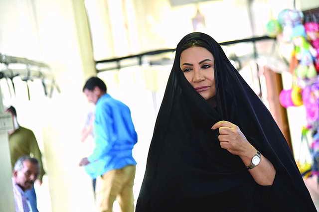 Photo of سعاد عبدالله تسرق زبائن سوق المباركية في دراما «كان في كل زمان»