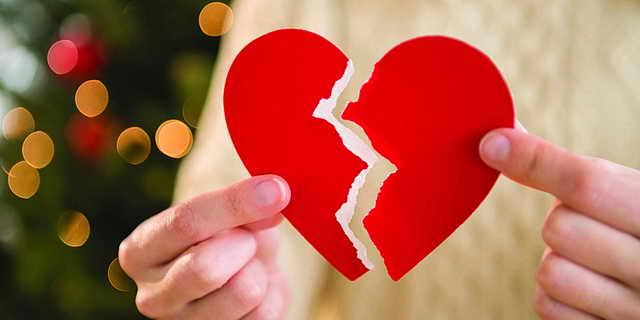 Photo of الطلاق لأسباب منطقية.. وأسباب خيالية وغرائب الطلاق حول العالم