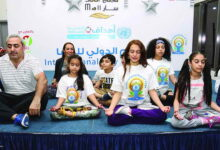 Photo of فاطمة المنصوري بأنماط الحياة اليوغية استطعت التغلب على المرض