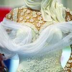كيكة زفاف على شكل عروس بمليون دولار!