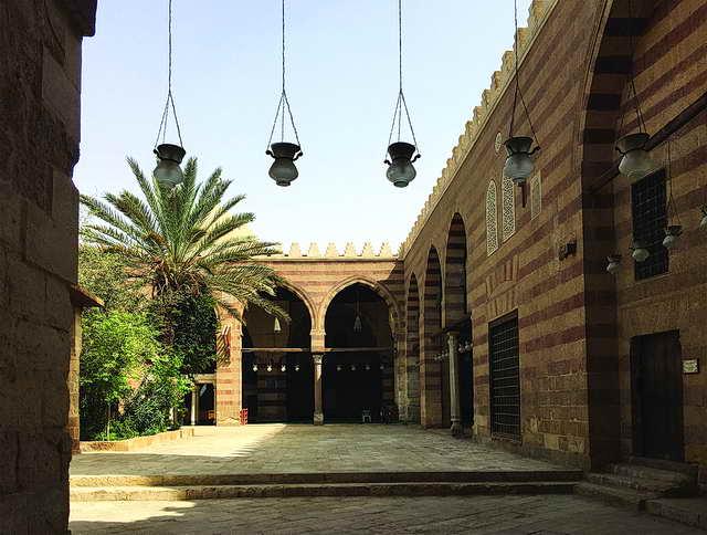 Photo of «المسجد الأزرق» من أشهر المساجد في العالم