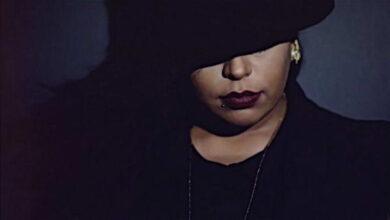 Photo of أول مطربة سعودية تغني بالإنجليزية
