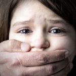 التحرش الجنسي.. ينهش براءة الأطفال
