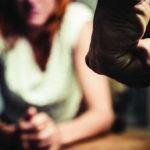 قانون يجيز للرجل قتل المرأة لمجرد الشك!