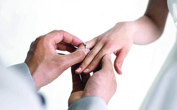 الزواج.. سعادة رغم المشكلات