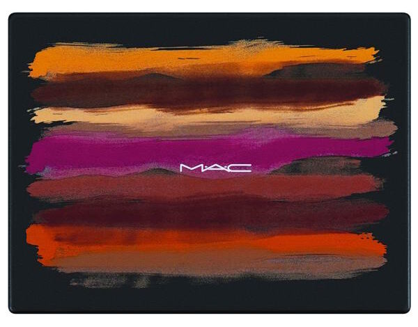 MAC الفن بالألوان