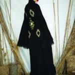 زاهية الدبوس تـهوى الأزياء المتعددة الاستخدام