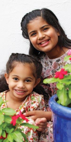 الإعلامية نورة الحميضان:  أحفظ أبنائي من شهرة «السوشيال ميديا»