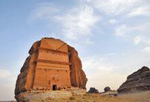 Photo of اختارتها «اليونسكو» كأحد أهم المواقع التاريخية مدينة «العلا» السعودية  عروس الجبال فيها صخرة الفيل ومدائن صالح