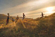 Photo of في تجربة إنسانية قبل أن تكون فنية إميلي جاثوايت: أنا وعائلتي والكاميرا.. رحلة اكتشاف النفس والحياة