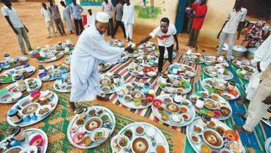 Photo of أغرب عادات الشعوب في شهر رمضان! 