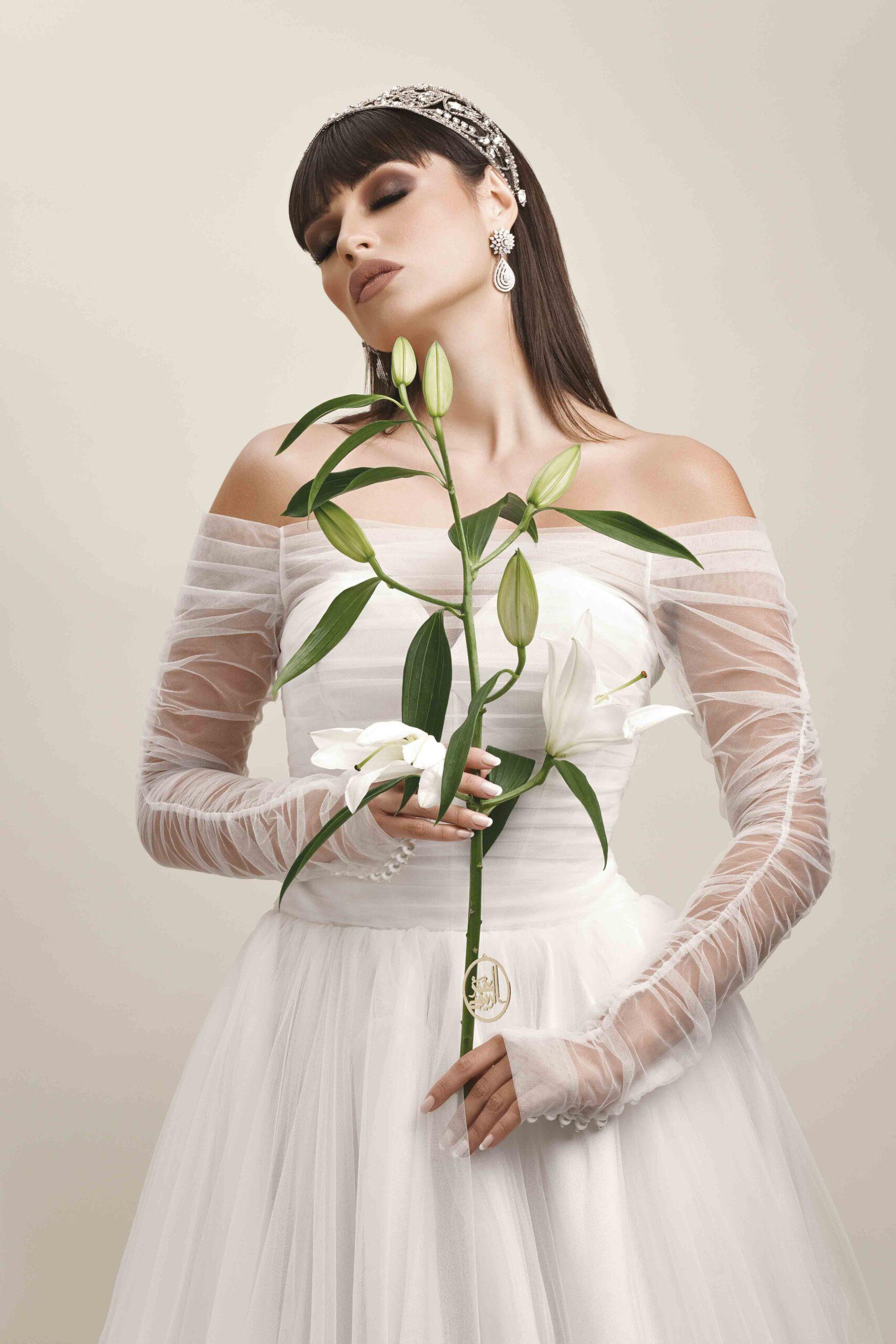 Photo of كورونا» لم تغير من مكياجها.. ليلى هارموني:  وتبقى العروس العنصر الوحيد الذي لا يتغير«